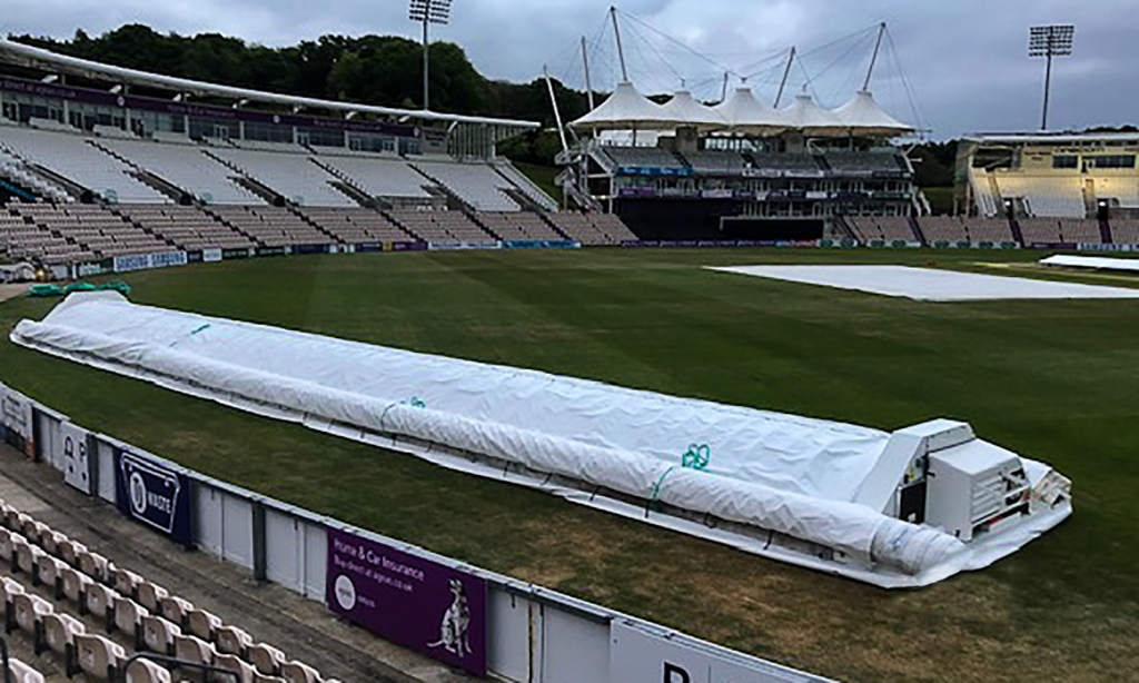 Hampshire Cricket New Hover Cover by Stuart Canvas